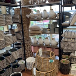 Pots & Homewares